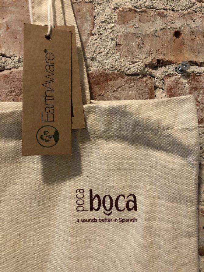 beige tas rood logo Poca Boca