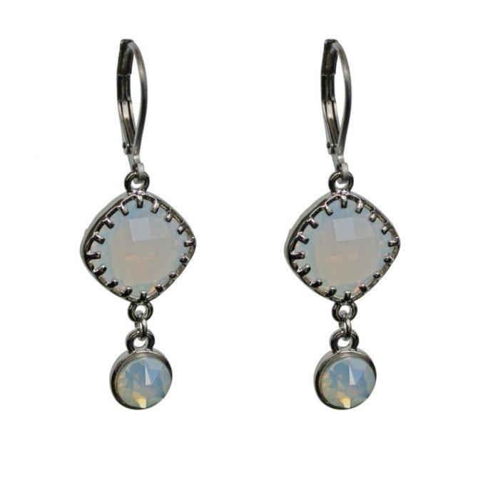 FlowJewels oorbellen zilver wit opaal