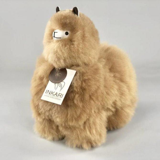 Inkari Alpaca Knuffel Hazelnoot M Distelroos