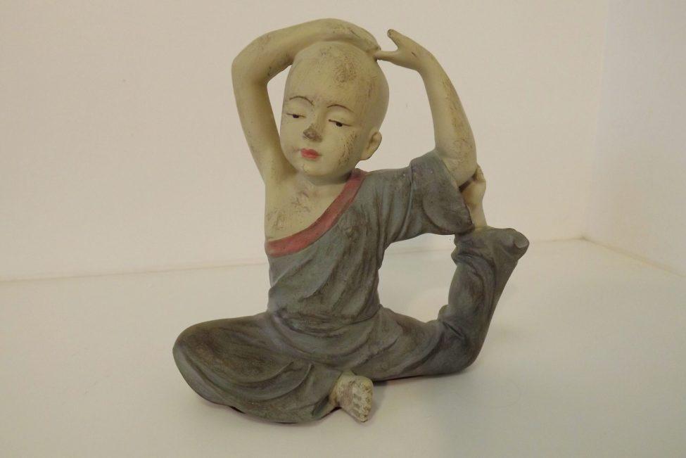 Boeddha Stretched Arms