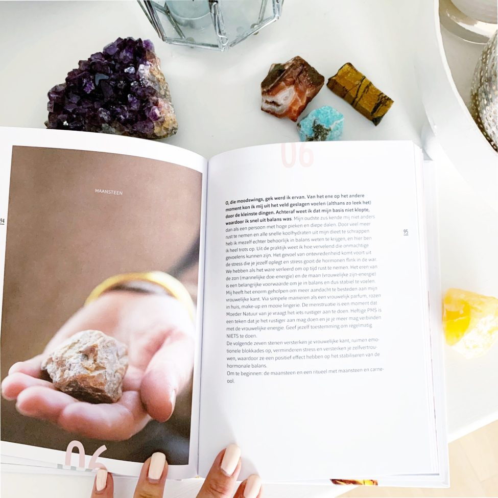 Rock Your Crystals Boek Moon:maan Idee