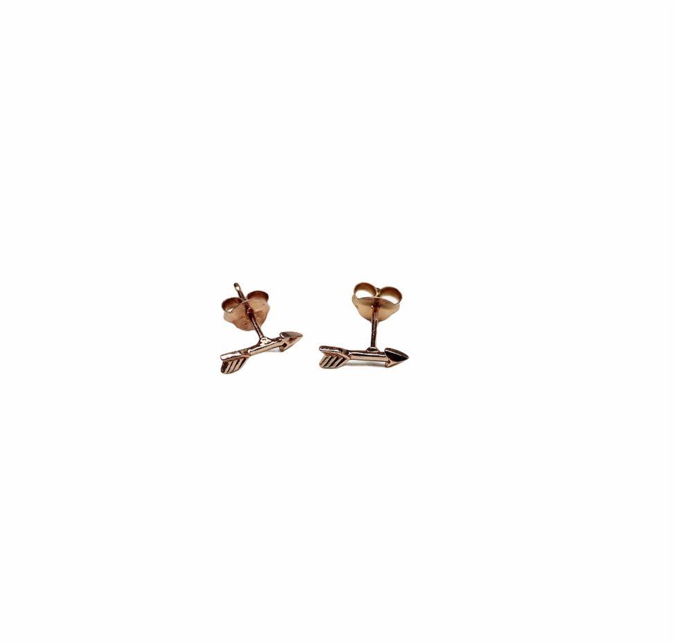Rose Gouden Oorknopjes In Vorm Van Pijltjes By Sas Pijltje In Je Oor