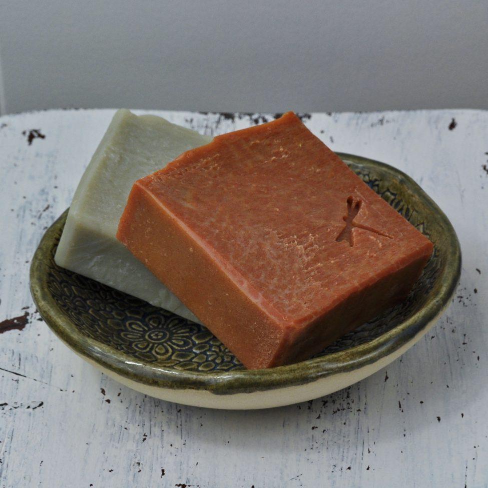 zeepschaaltje olijfgroen met diverse zeep