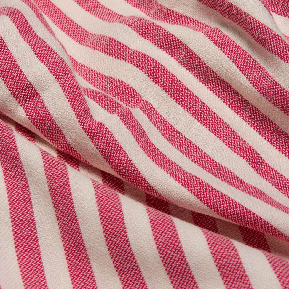 yazgibi hamamdoek stripe fuchsia detailfoto
