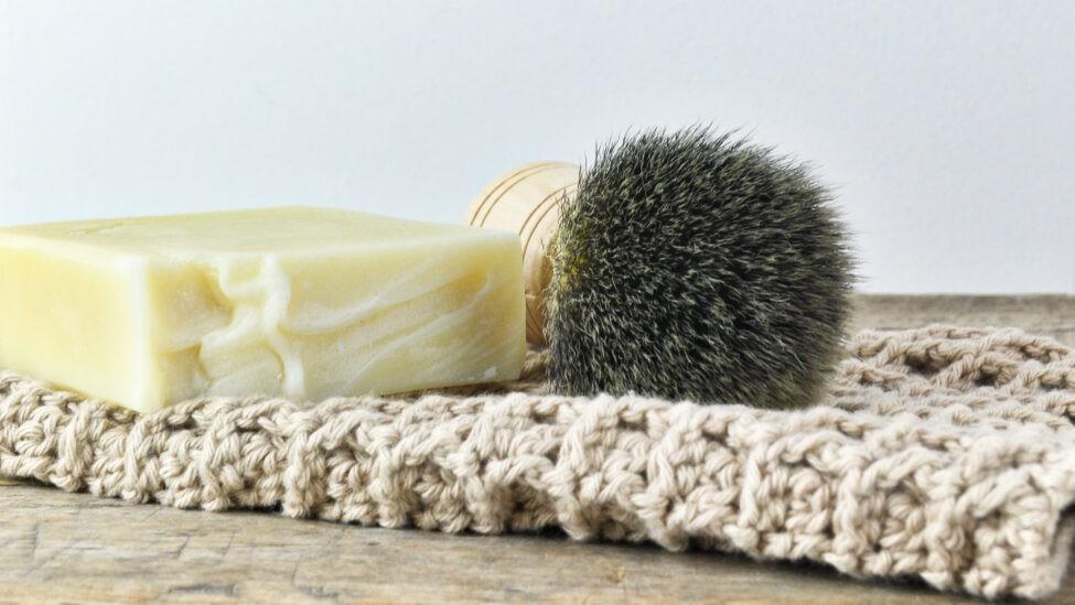 scheerzeep met scheerkwast