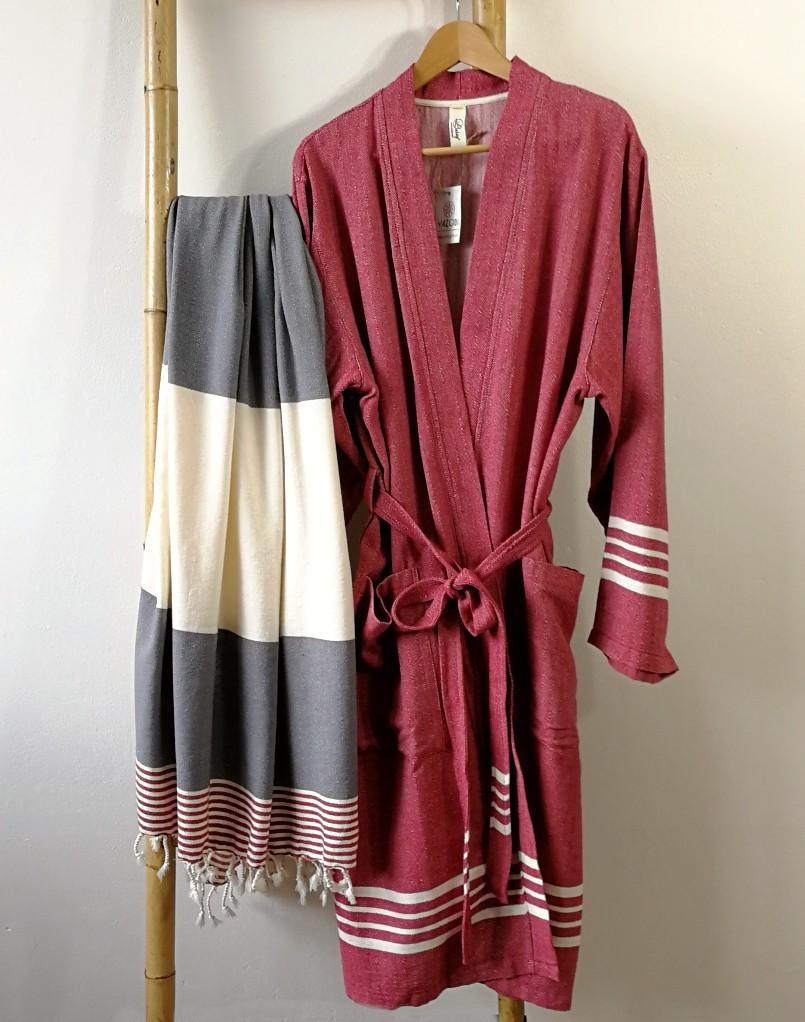 yazgibi hamamdoek grijs rood splash combinatie badjas