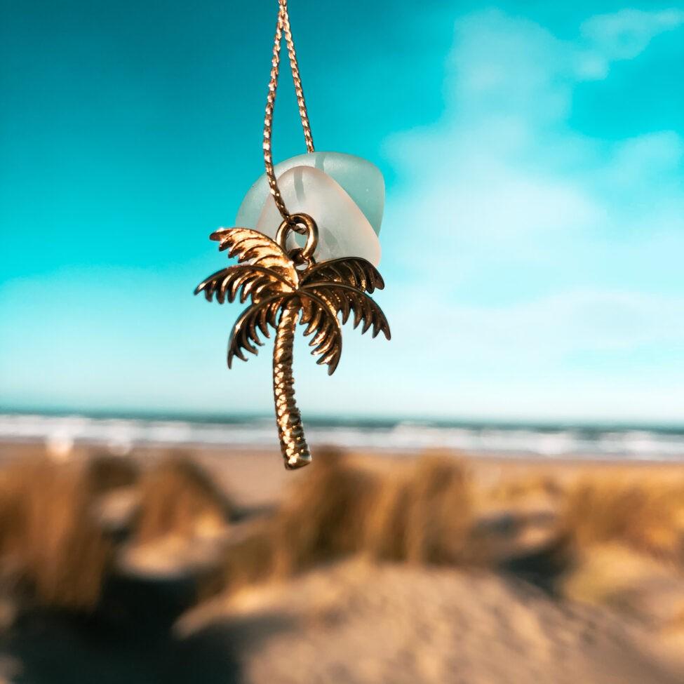 zeeglas ketting goud palmboom lucht